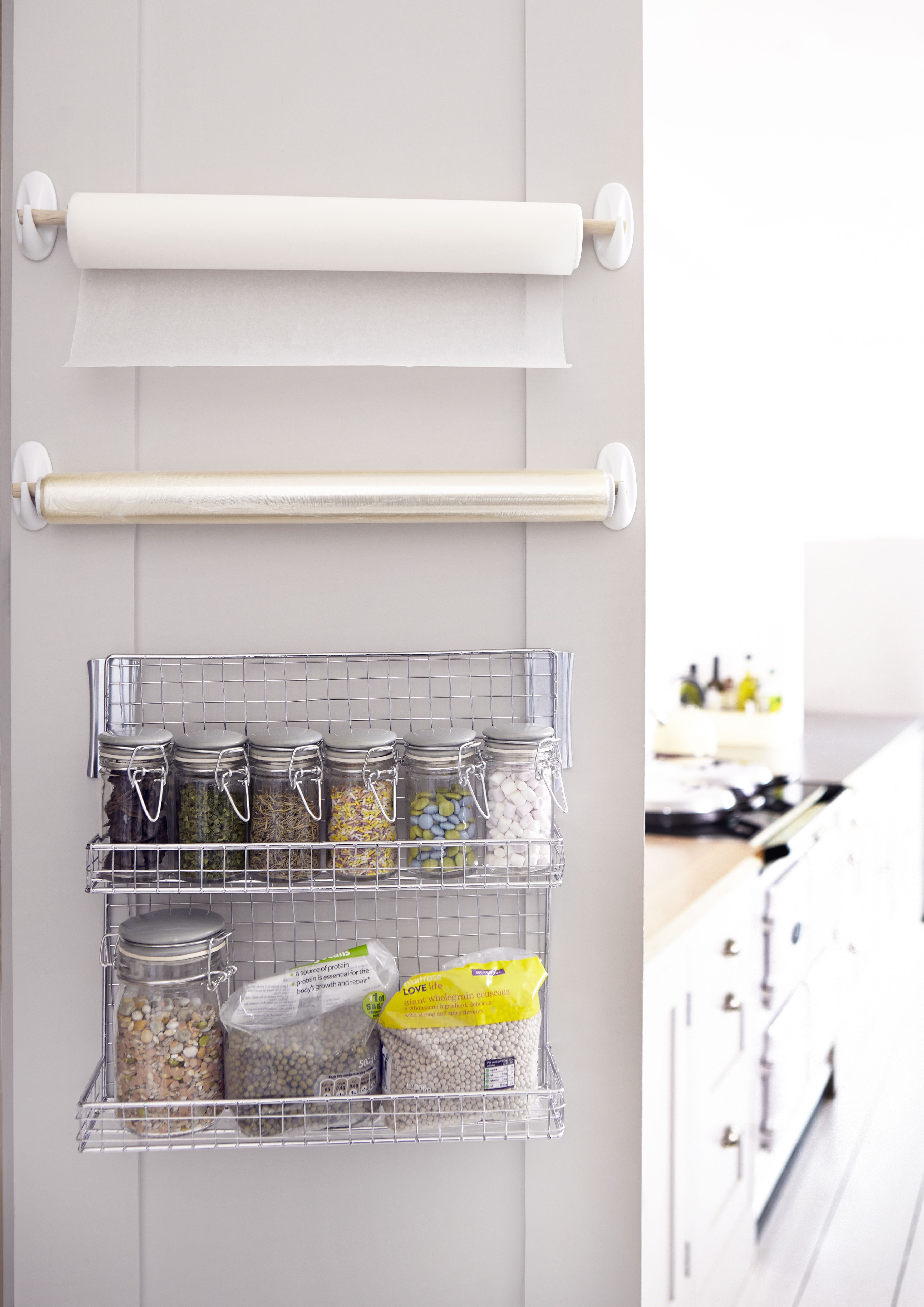 Uni Decor: When you\'re sharing limited kitchen storage space, keep ...