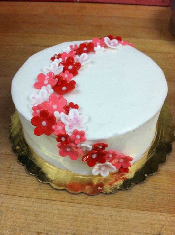 Cake Decoration Flowers Recipe : flower cake ideas - Google Search Olivia Pinterest