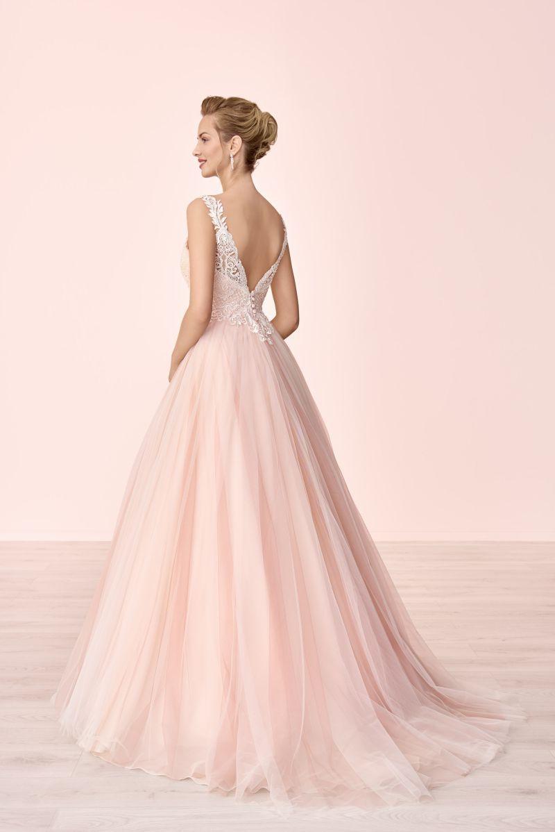 Pin auf Brautkleider / Brautmode 13