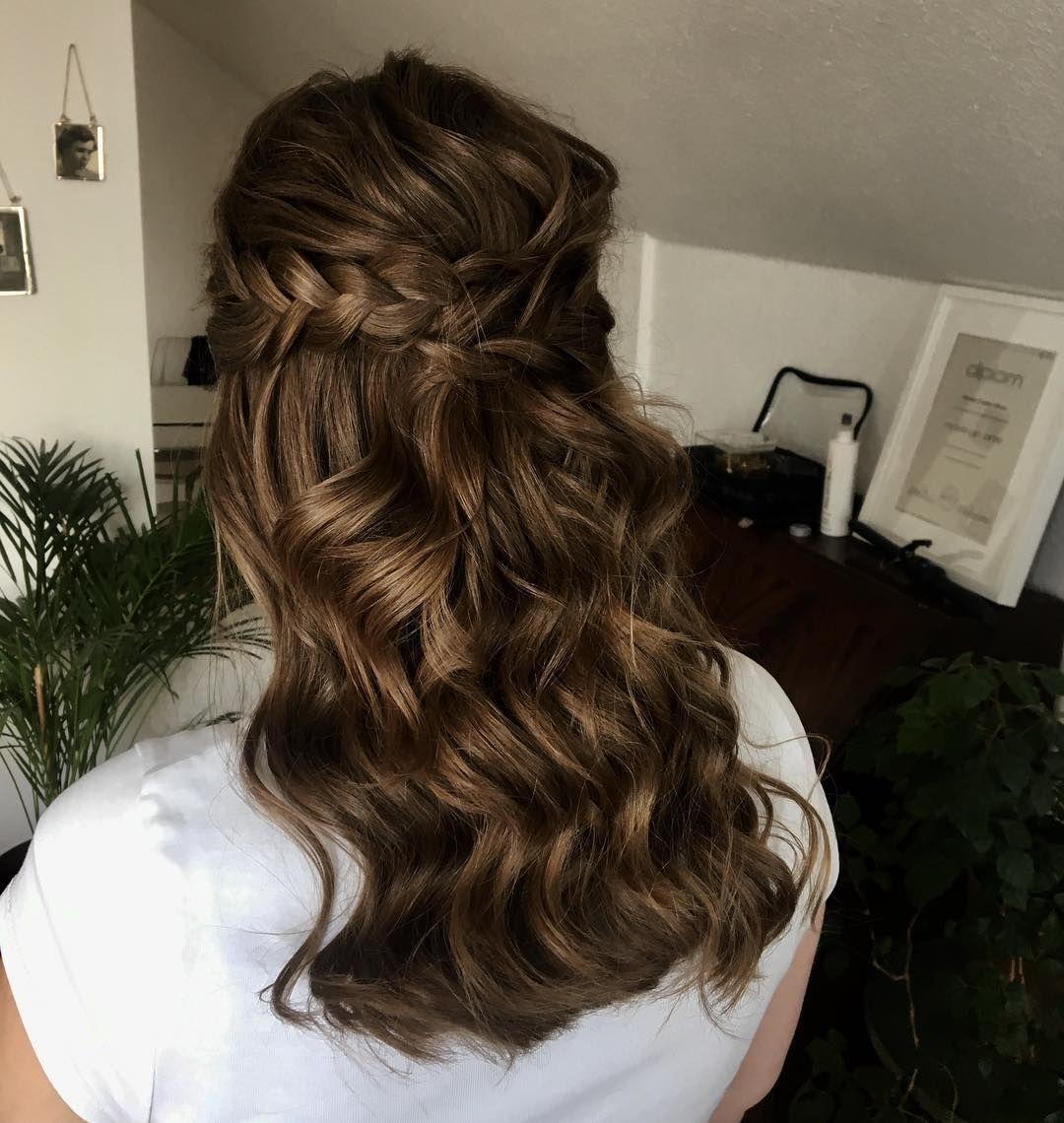 Gorgeous half up half down wedding hairstyle ideas