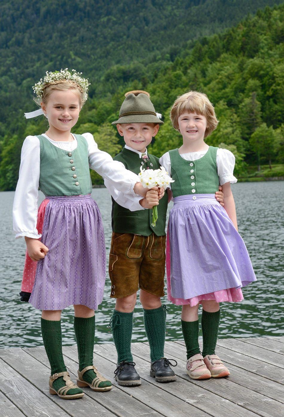 Kids in Tracht auf dem #Narzissenfest (#Austria)   Kids in ...