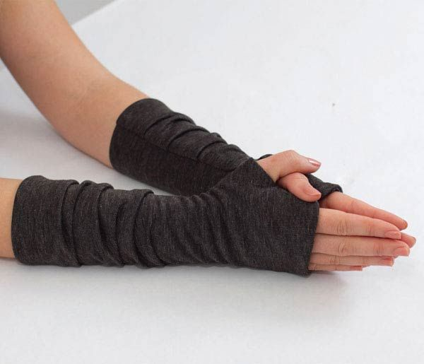 Pleated Fingerless Glove Sewing Pattern