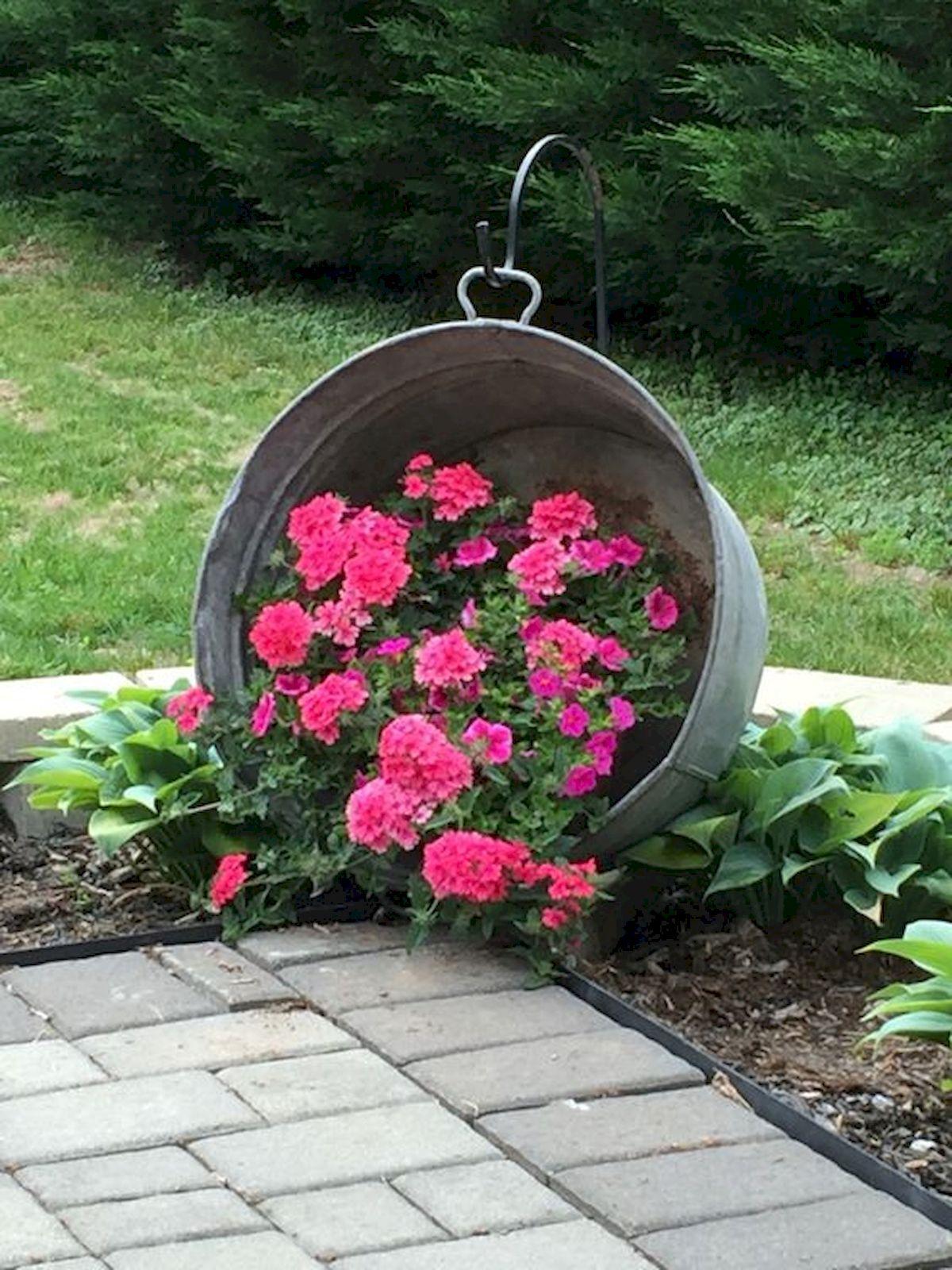 Garden Art From Junk Design Ideas For Summer Garden Yard Ideas