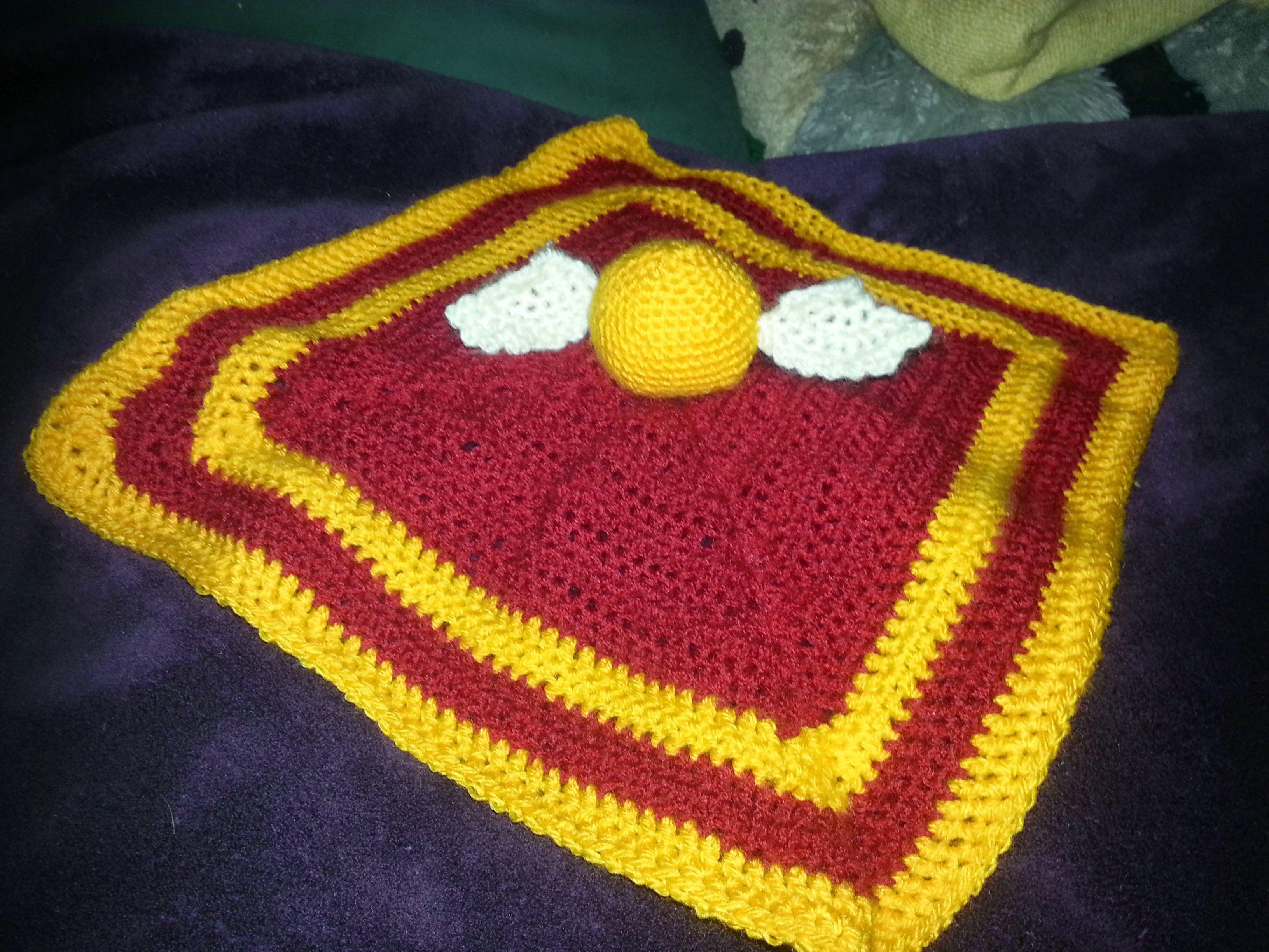 Amigurumi Golden Snitch lovey blanket, Hogwarts Gryffindor ...