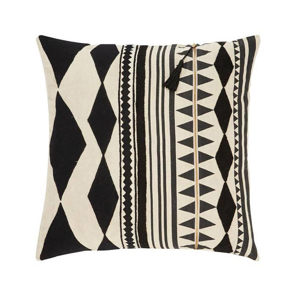 JAIPUR LIVING INC 22 in. Lonyn Beige/ Black Geometric Poly Throw Pillow, Beige/Black