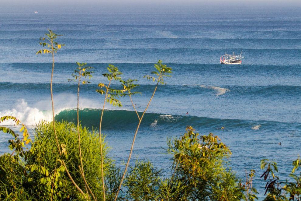 Padang Padang Surf Photo By Tom Ellis Surfing Photo Beach Adventure