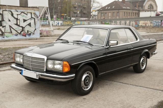mercedes benz 280 ce leder automatik w123 in berlin friedrichshain mercedes benz. Black Bedroom Furniture Sets. Home Design Ideas