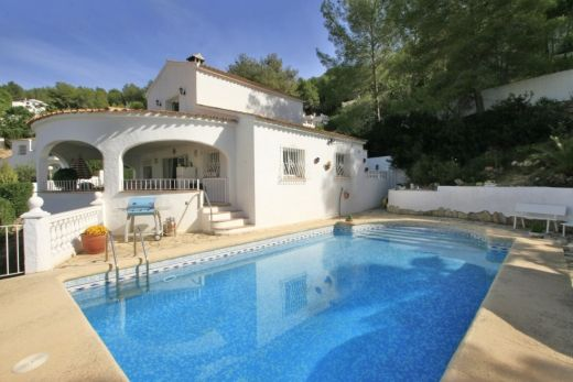 Bindley Properties Villa en venta en Moraira , cerca de las atracciones .