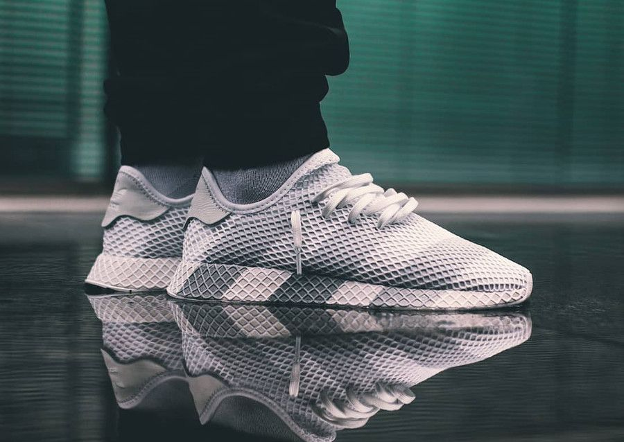 Chaussure Adidas Consortium Deerupt Runner Grey Stripes on