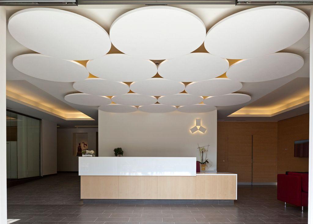 Faux-plafond acoustique   décoratif   en fibre minérale   en îlot