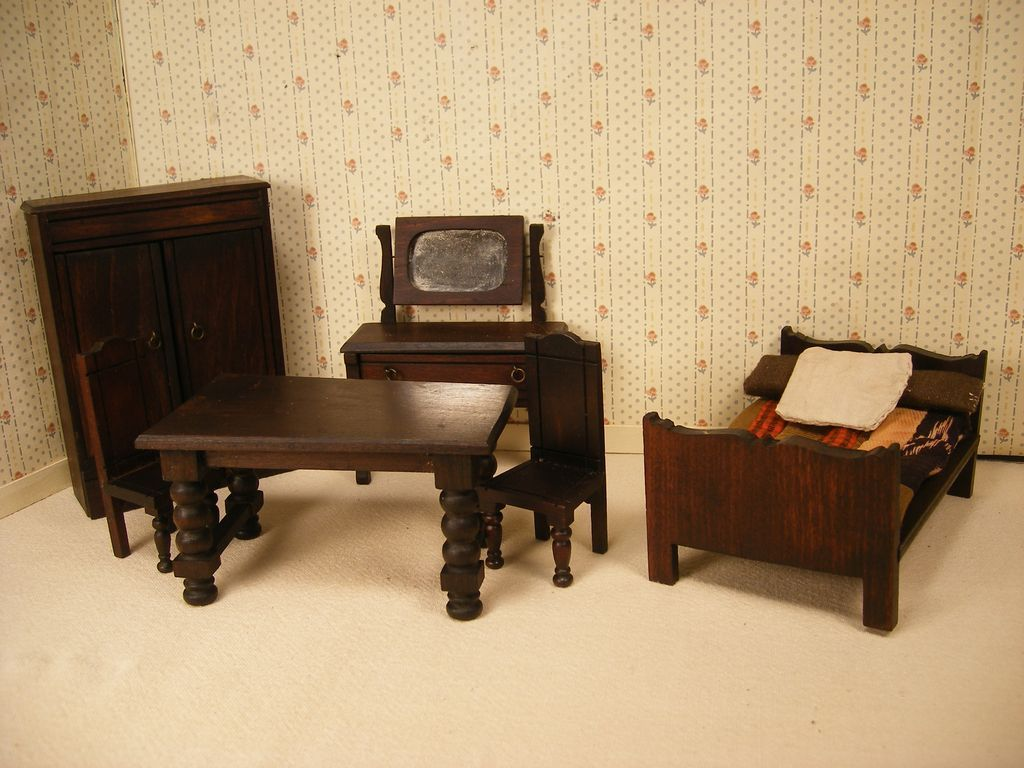 Small Scale Bedroom Furniture Reserved English Doll House Furniture Elgin Lines Bros Bedroom