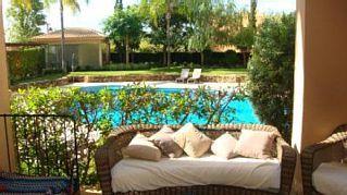 Apartamento tranquilo de Luxo junto Golfe para 5 pessoas com PiscinaAluguer de f�rias em Urbz. Monte Laguna (�rea) da @homeawaypt