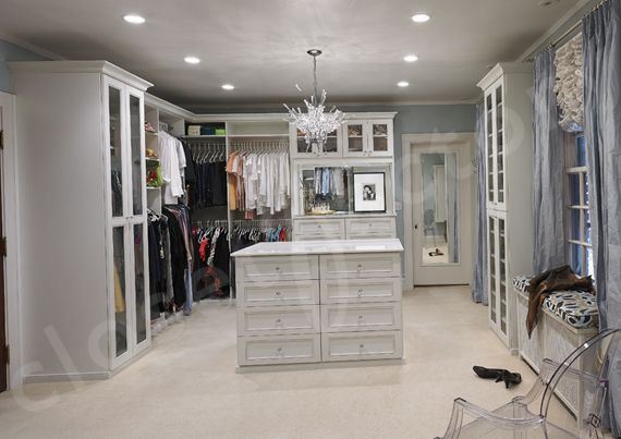 Traditional closet walk in closet design pictures remodel decor and ideas page 12
