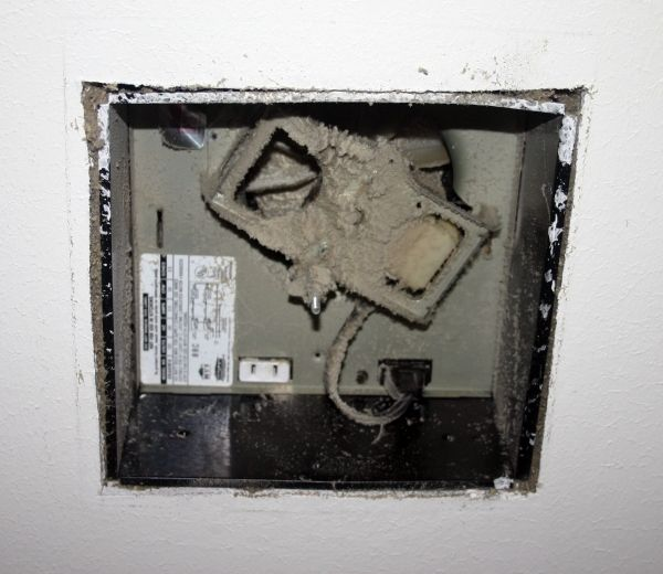 Maintenance Tips: Bathroom Exhaust Fans | Bathroom exhaust ...