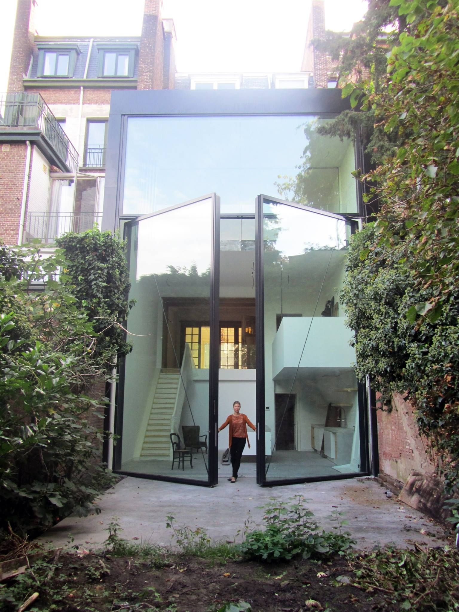 Anbau Mit Großer Glasfront