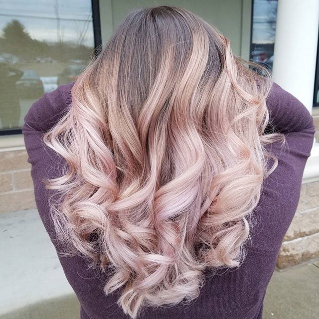 Pastels over Balayage hilites is seriously becoming a new obsession for me! Soft blush tone here takes her hair to the next level!