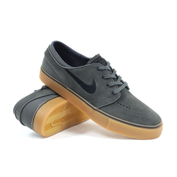 Sepatu Sb Nike Zoom Stefan Janoski 333824 018 Adalah Salah Satu