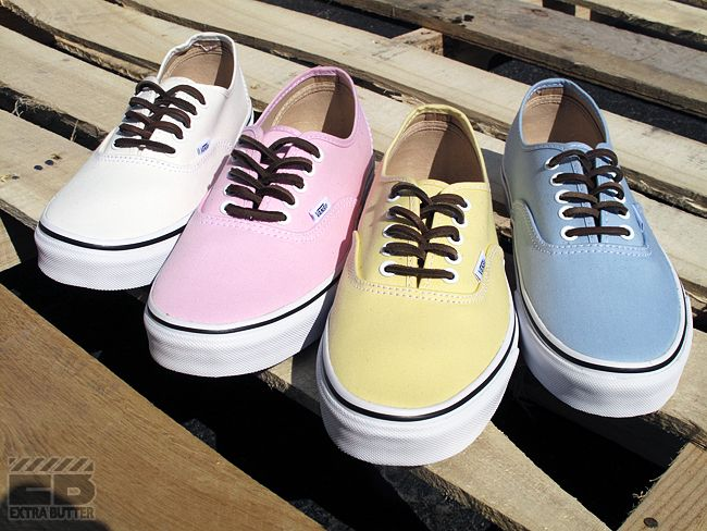 I want this sooooo much! Love the yellow one