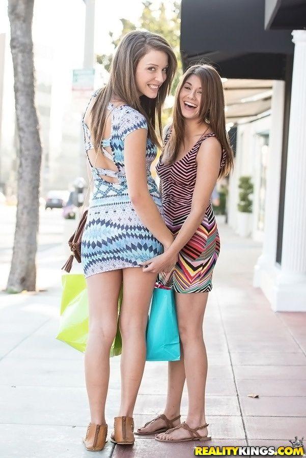 Lesbian twins shyla jennings jenna sativa fuck kristen scott girlcore - 5 2