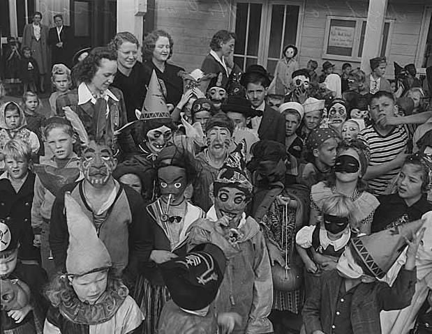 vintage halloween photos terrify and delight - New Orleans Halloween Parties