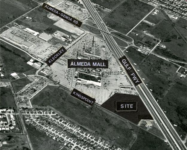 Almeda Mall Site 1973 From Http Blog Chron Com Bayoucityhistory 2012 05 Almeda Mall In Pictures Historic Houston Houston Houston Texas