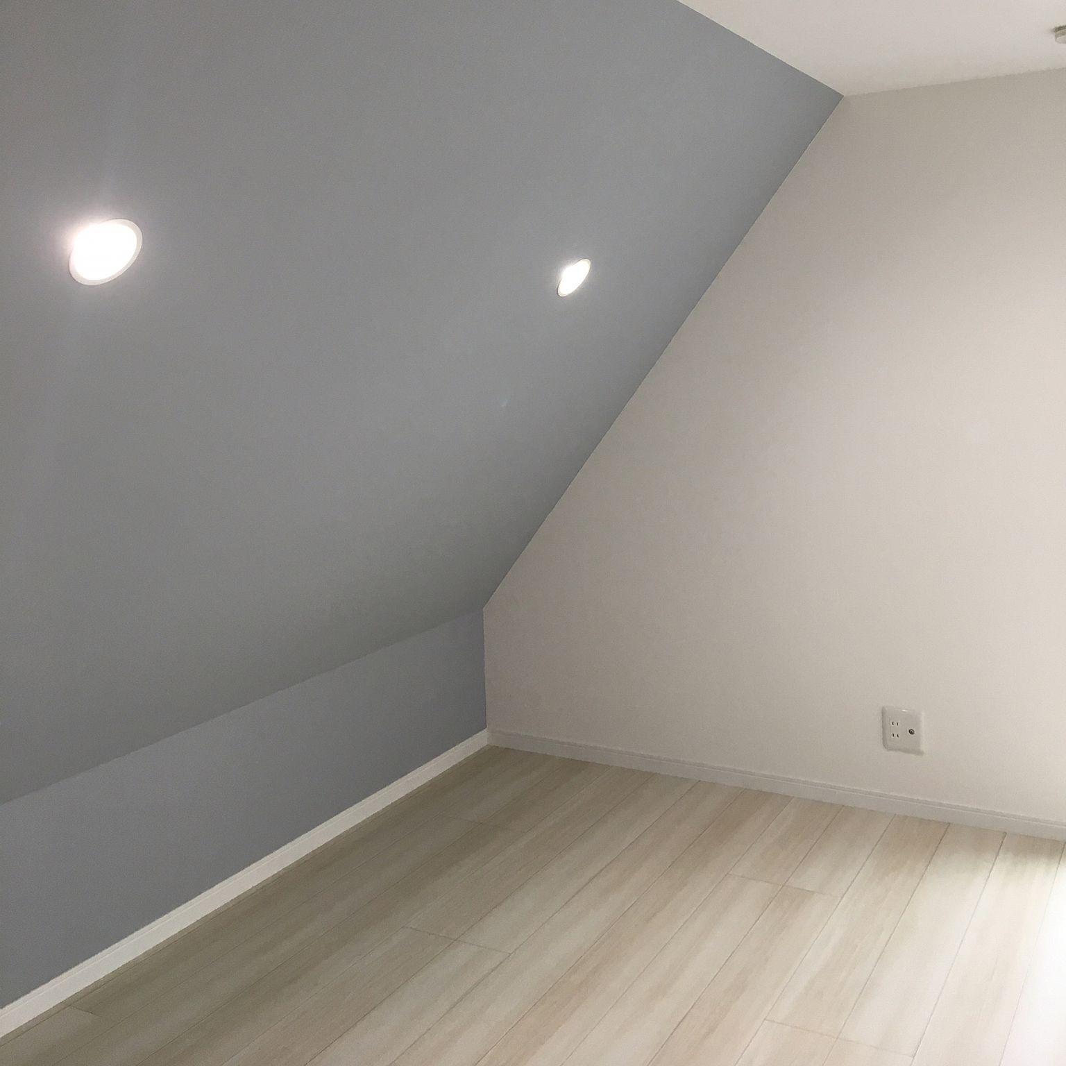 壁 天井 ラシッサdフロア ブルーグレーの壁紙 壁紙 北欧 などの