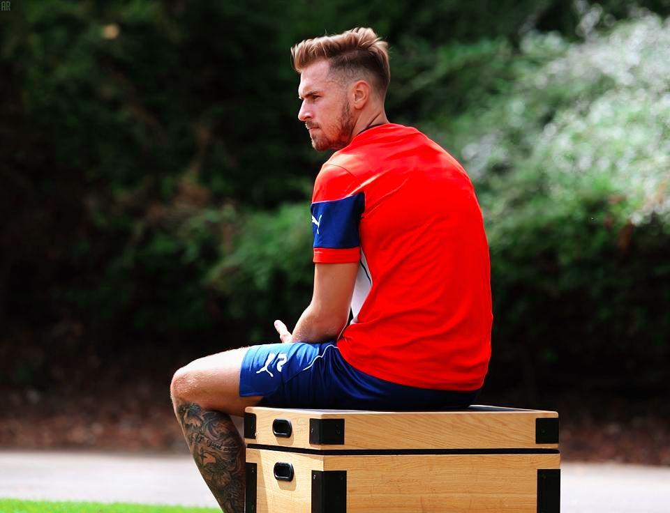 Aaron Ramsay Footballislife Ballin Pinterest Arsenal Fc