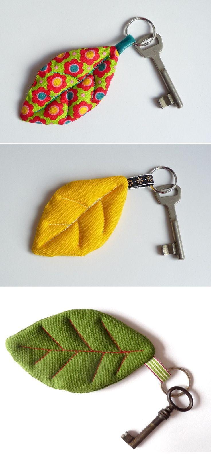 Uma graça! Cute keychain | BLANCO! | Pinterest | Llaveros, Costura y ...