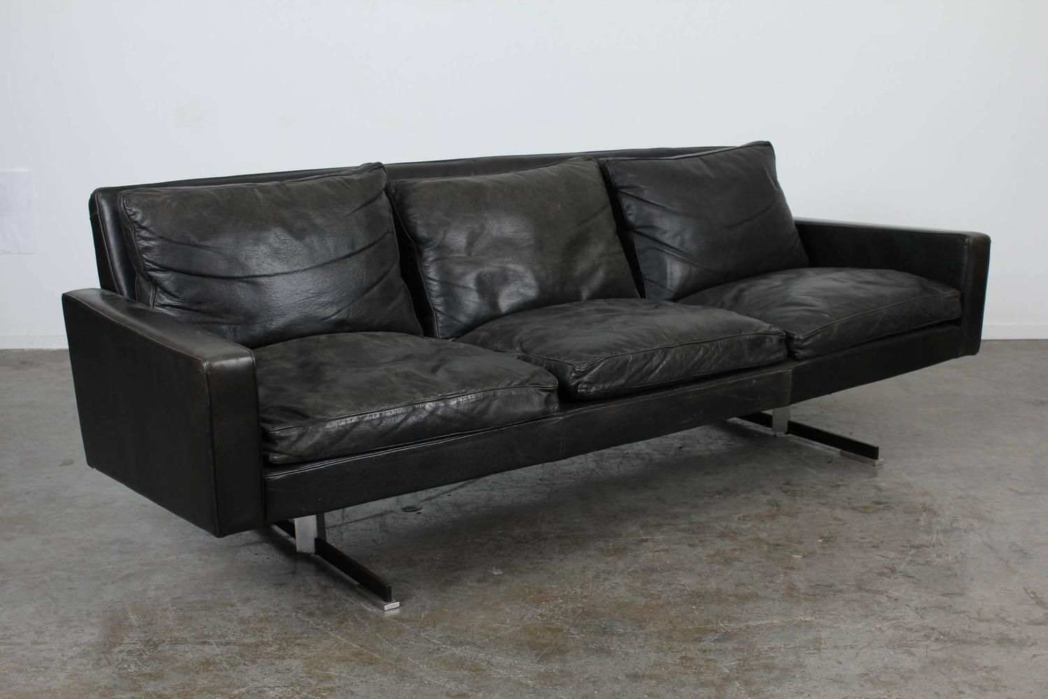 Mid Century Modern Black Leather Sofa With Chrome Legs 2 Black