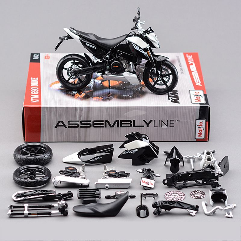 KTM 690 DUKE 3 Motorcycle Model Building Kits 1/12 Assembly
