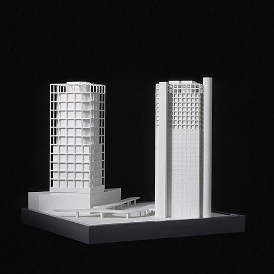 Portalhäuser, Frankfurt am Main (1991) | Architect : O.M. Ungers | Model by Bernd Grimm