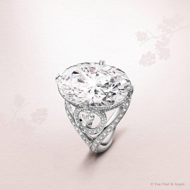Van Cleef & Arpels Diamond solitaire of 20.50 carats