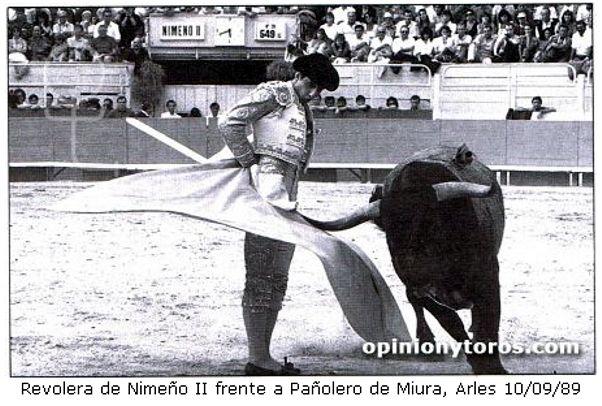 nimeño 2   Ein Jahr nach seinem Tod stellte die Stadt Nîmes eine Statue ihres ...