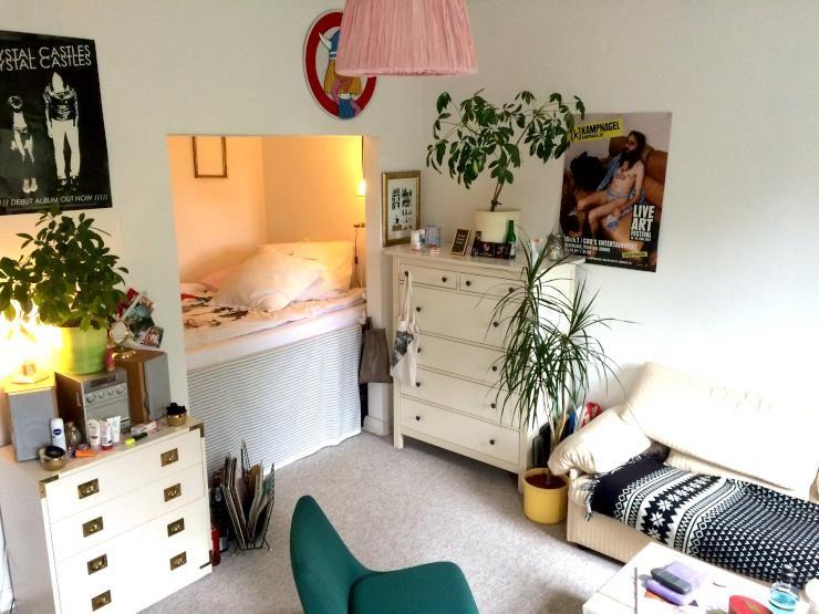 5 schein wohnung einzigartiges zimmer mit schlafkoje in. Black Bedroom Furniture Sets. Home Design Ideas