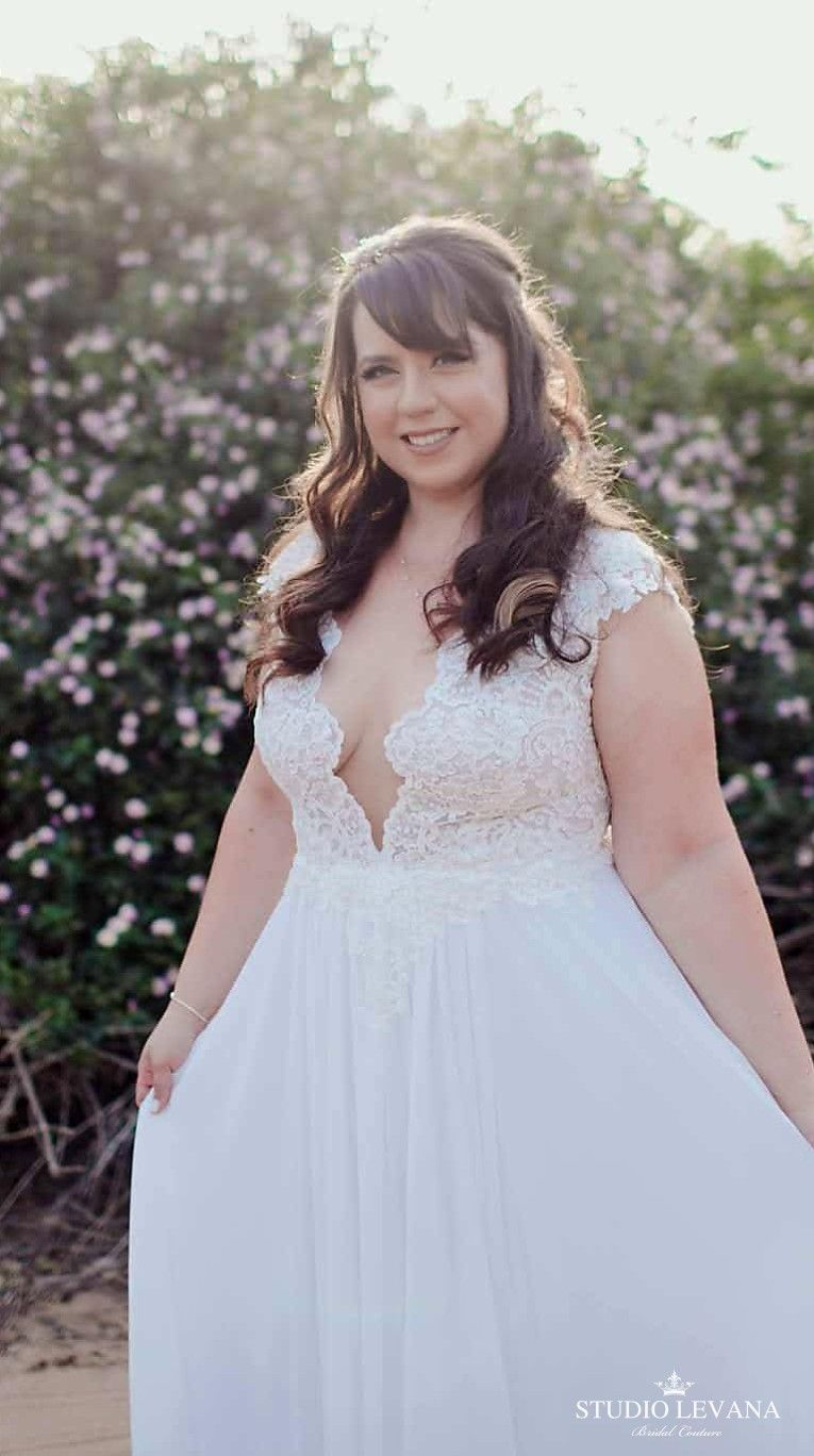 Real plus size bride in a wedding gown from studio levana plus