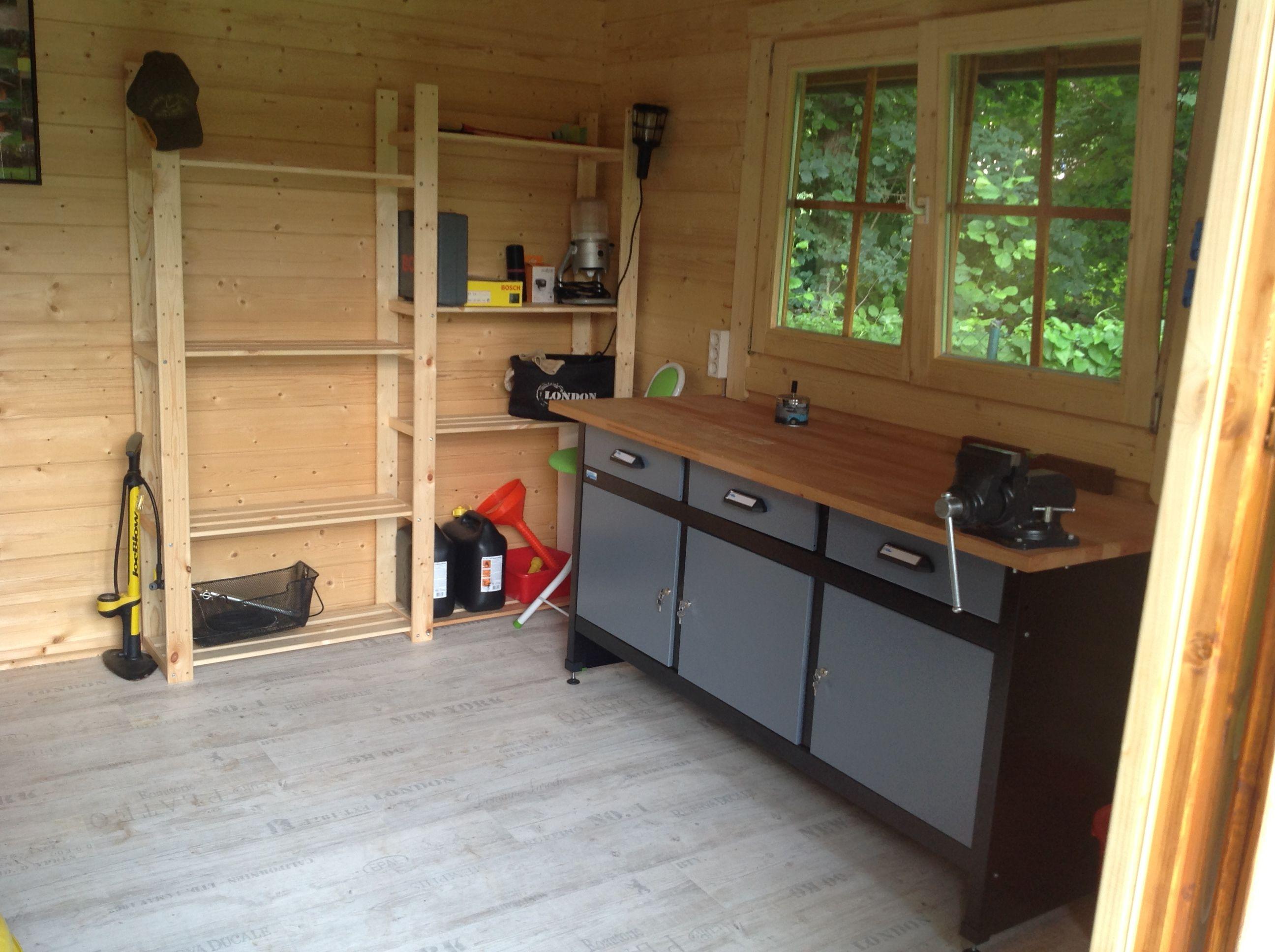 Fensterrahmen Aus Holz Selbst De In 2021 Gartenhaus Bauen Gartenhaus Selber Bauen Schuppen Selber Bauen