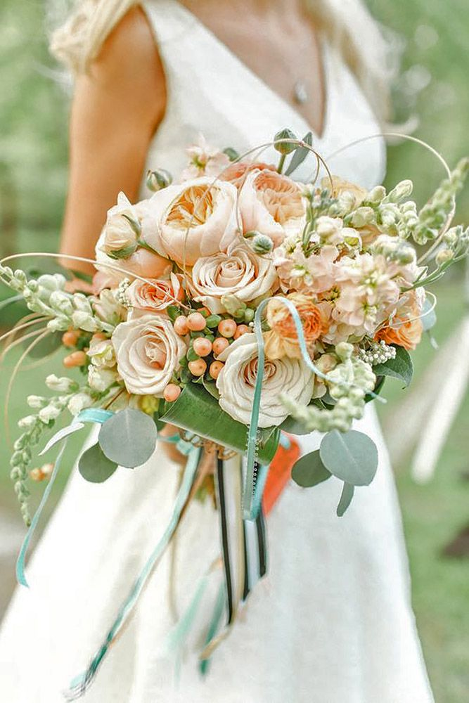 24 Most Popular Wedding Flowers In Bridal Bouquets