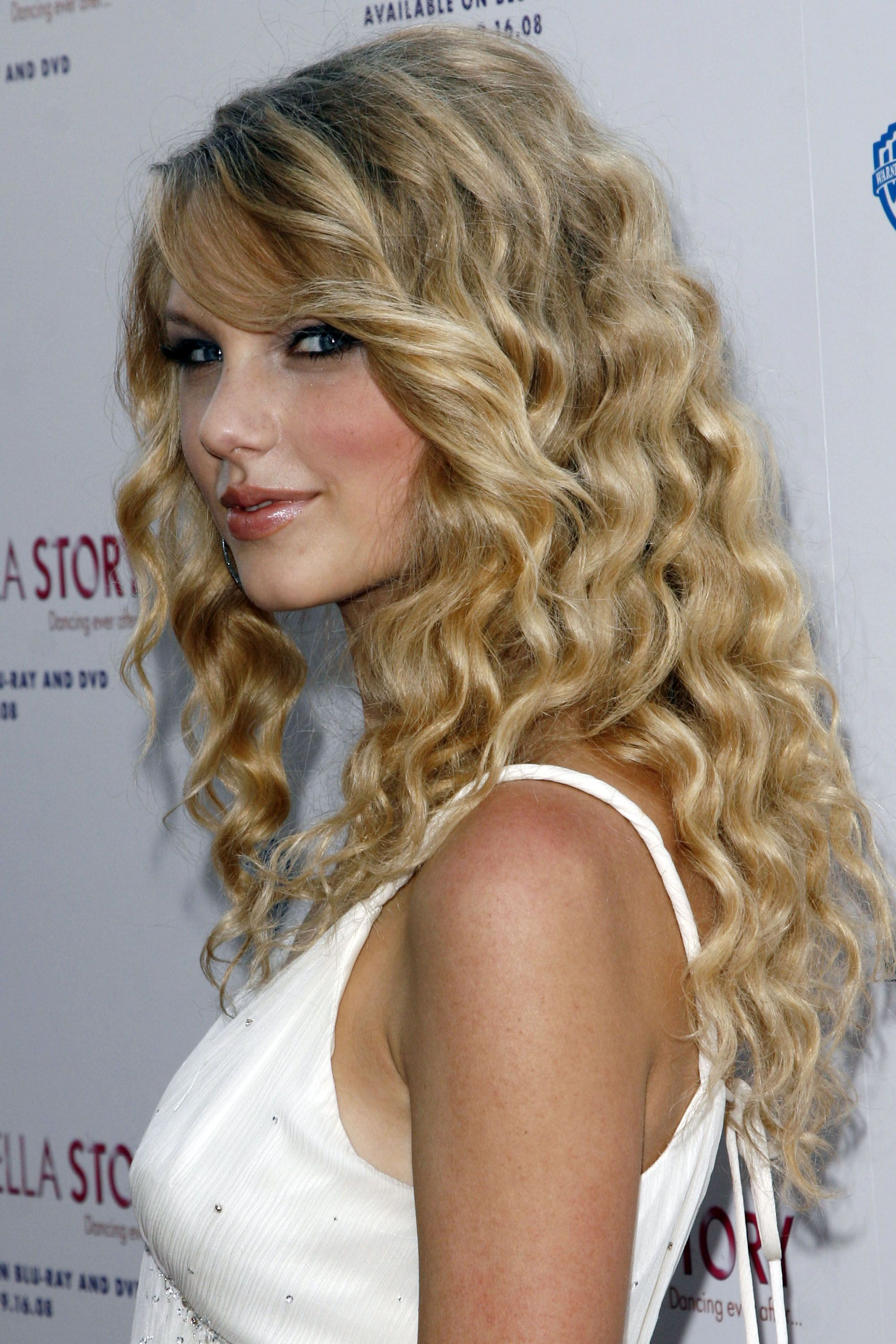 Another Cinderella Story Premiere 2008 Taylor swift hot