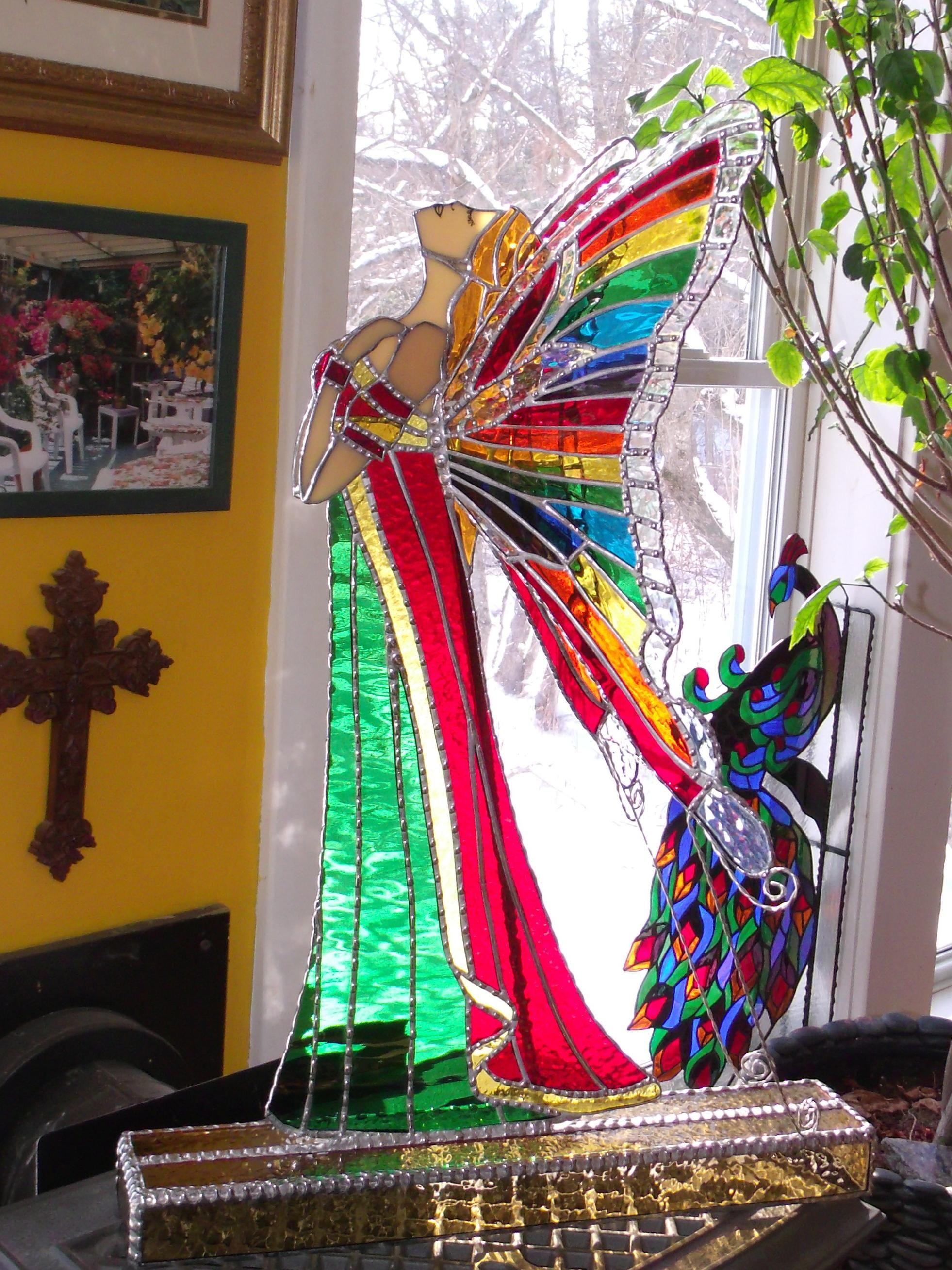Amberlyn' Rainbow Angel - Delphi Artist Stained