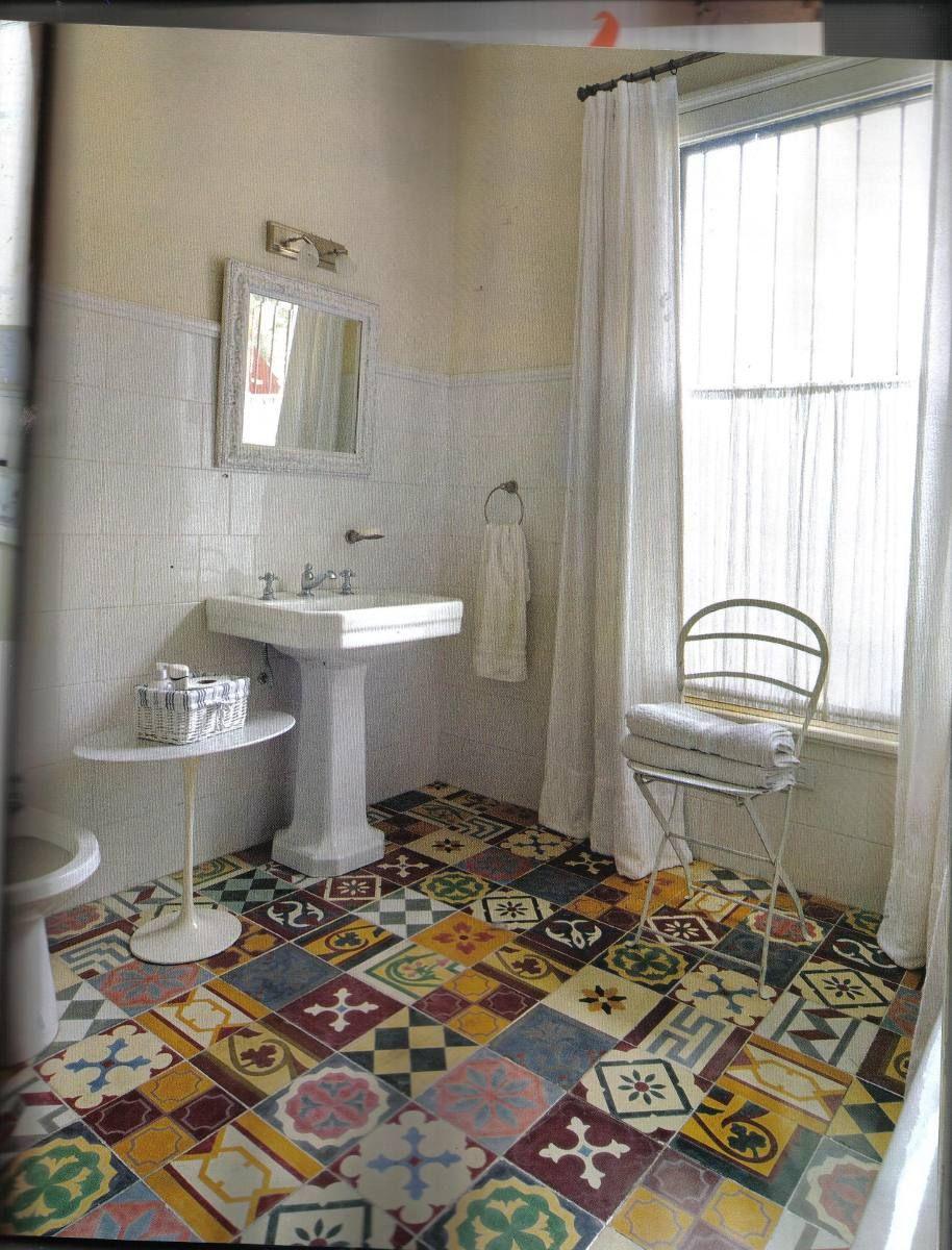 Cemento alisado mas mosaicos buscar con google pisos for Pared de bano de concreto encerado