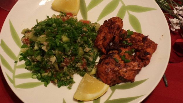 Tabbouleh-Salad-with-Grilled-Chicken