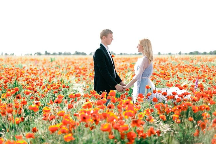 Poppy Wedding Bouquet + Blue Gown For A Pre-Wedding In A Poppy Field
