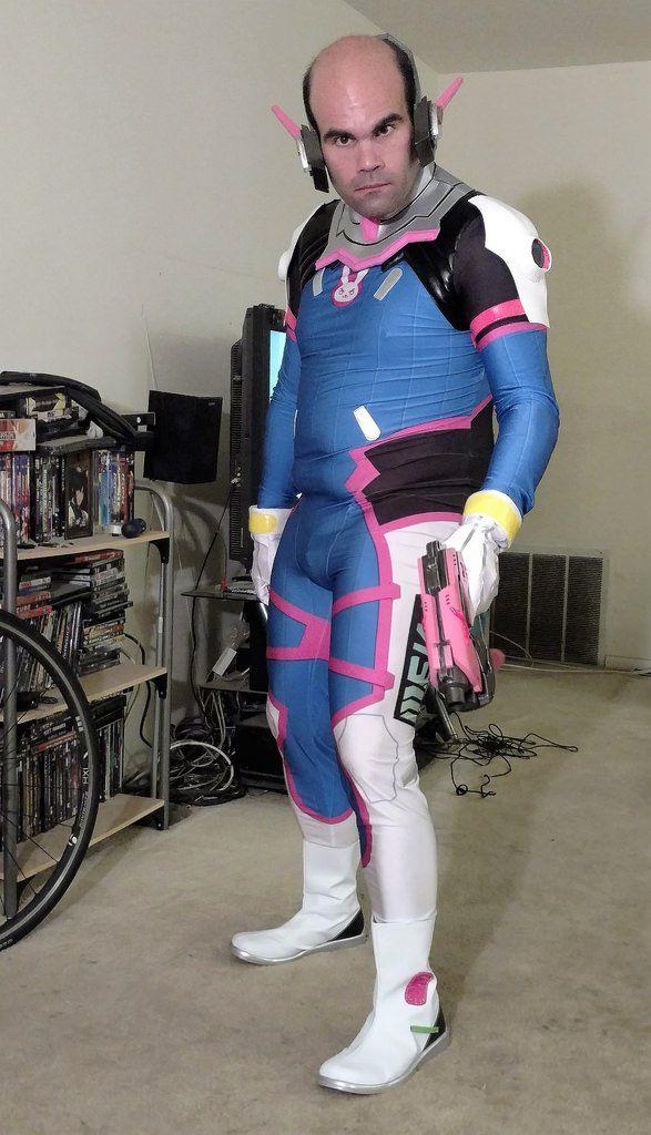 overwatch weird cosplay male dva | Cosplay, Overwatch ...