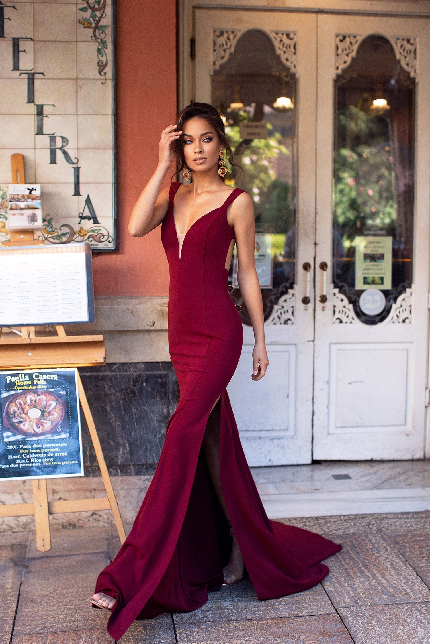 Reina Burgundy Simple Gowns Burgundy Gown Black Long Sleeve Cocktail Dress [ 2249 x 1500 Pixel ]