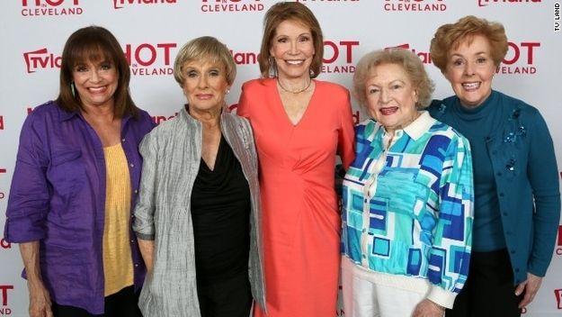 Rhoda, Phyllis, Mary, Sue Ann and Georgette