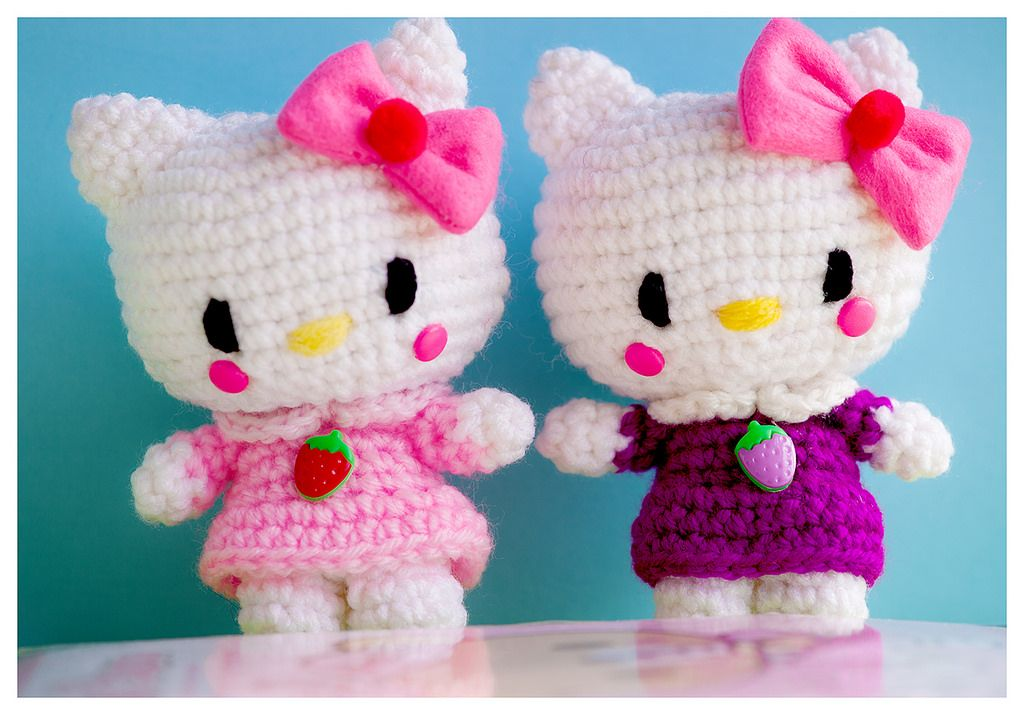 https://flic.kr/p/DGMYGT | hello kitties | i made the bows out of felt and put a…