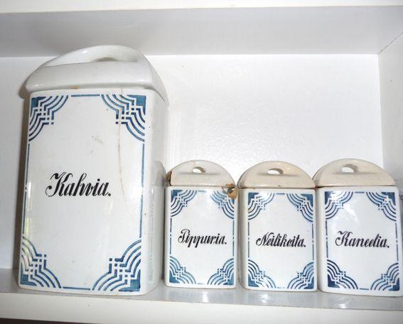 Prinsessä Nautasikaan kasviskeittokirja: Ihania astioita menneisyydestå..