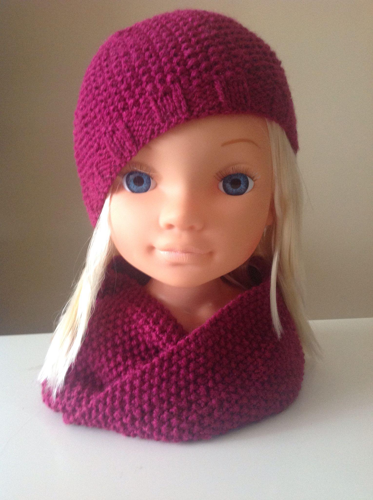Fascinante tienda Sur oeste  Gorro y cuello de lana para niña | Crochet hats, Crochet, Girl fashion