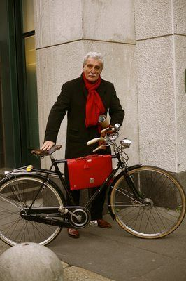 Things I Love Bicycles Sartorialist Bicycle Fashion Stylish Men