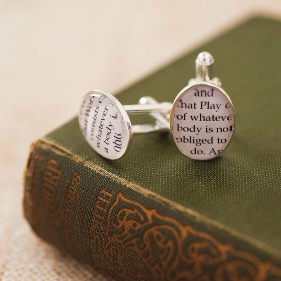 Literary Wedding Ideas #grooms